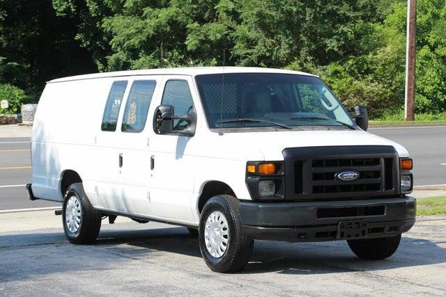 2010 Ford E-Series E-150 Extended Cargo Van