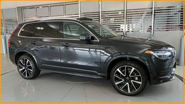 2021 Volvo XC90 T6 Momentum 7-Passenger AWD