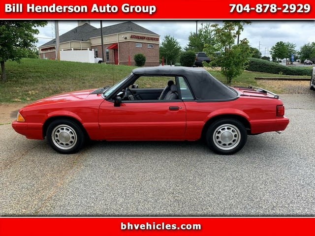 1993 Ford Mustang LX Convertible RWD