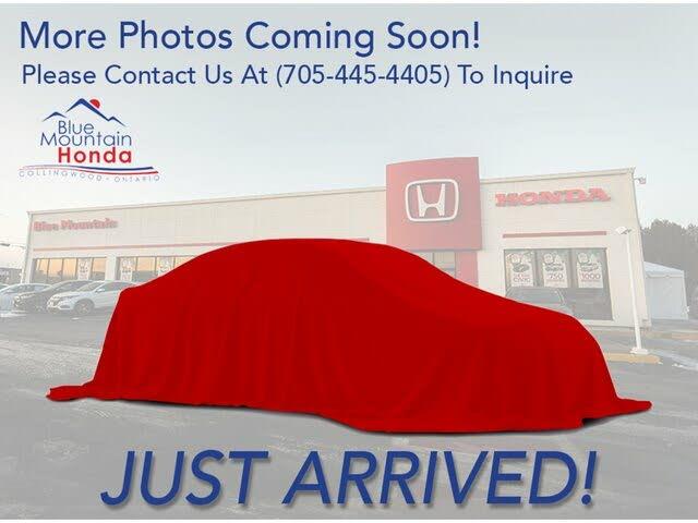2015 Honda Odyssey SE FWD
