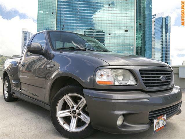 2004 Ford F-150 SVT Lightning 2 Dr Supercharged Standard Cab Stepside SB