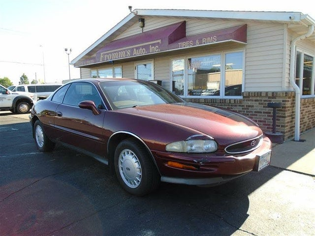 1997 Buick Riviera Coupe FWD
