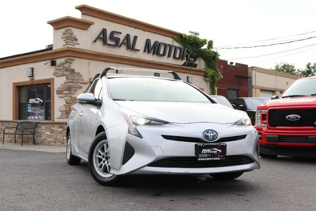 2017 Toyota Prius One FWD