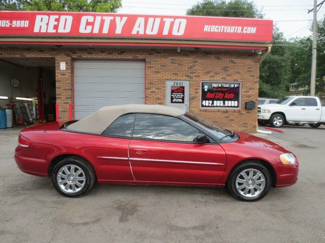 2006 Chrysler Sebring Limited Convertible FWD