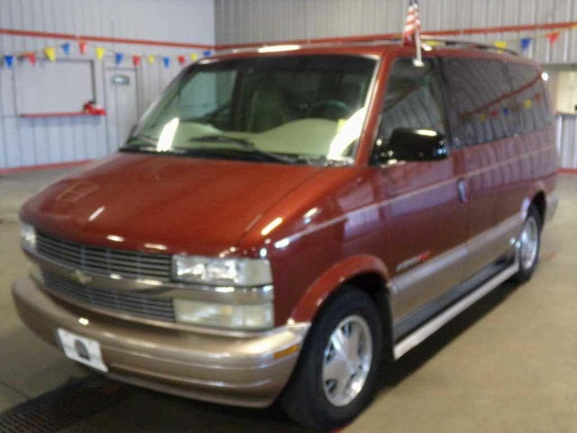 2000 Chevrolet Astro LS Extended AWD