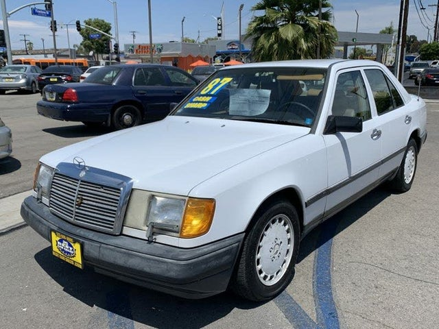 1987 Mercedes-Benz 300-Class 300D Turbodiesel Sedan