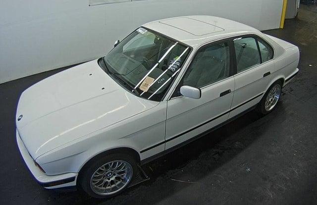 1993 BMW 5 Series 525i Sedan RWD