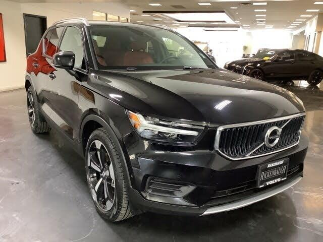 2019 Volvo XC40 T5 Momentum AWD