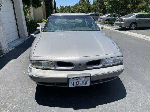 1996 Oldsmobile Eighty-Eight 4 Dr LS Sedan