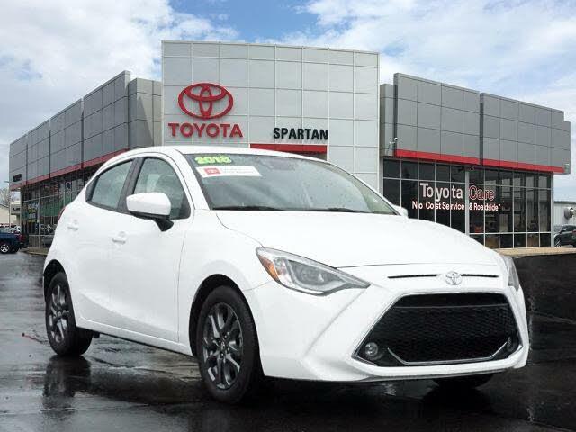 2020 Toyota Yaris XLE Hatchback FWD