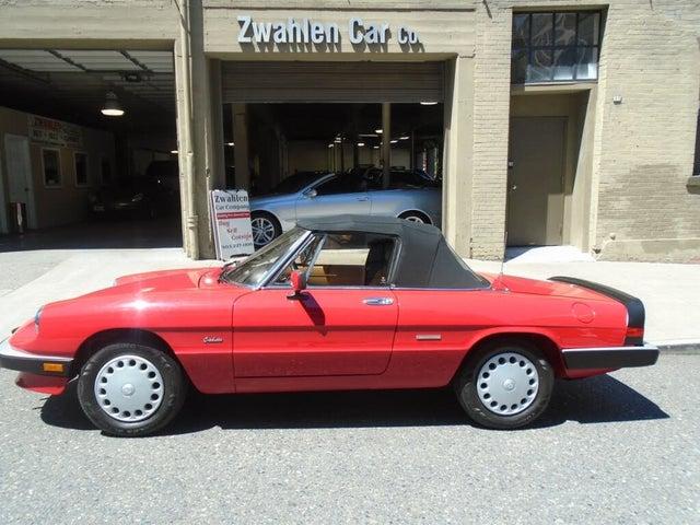 1989 Alfa Romeo Spider Graduate RWD