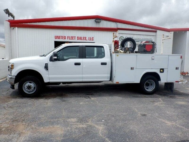 2019 Ford F-350 Super Duty Chassis XL Crew Cab DRW 4WD