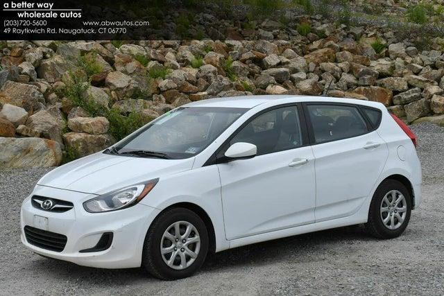 2014 Hyundai Accent GS 4-Door Hatchback FWD