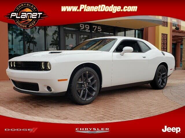 2021 Dodge Challenger SXT RWD