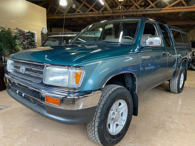 1997 Toyota T100 2 Dr SR5 4WD Extended Cab SB