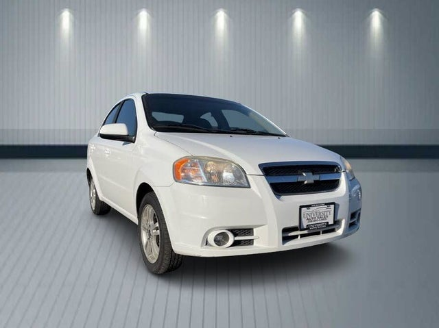 2011 Chevrolet Aveo 2LT Sedan FWD
