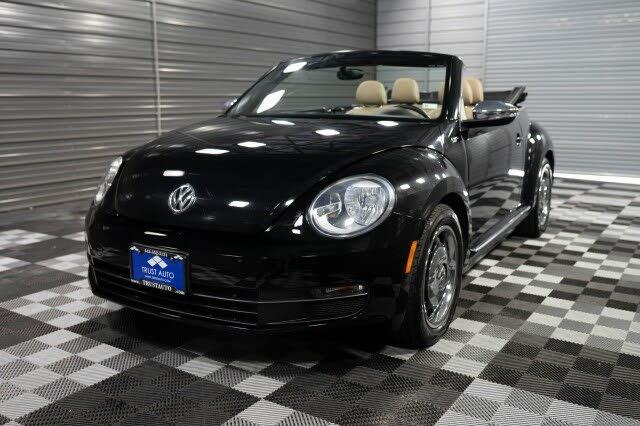 2013 Volkswagen Beetle 2.5L 50s Edition Convertible