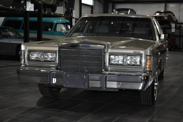 1988 Lincoln Town Car Cartier