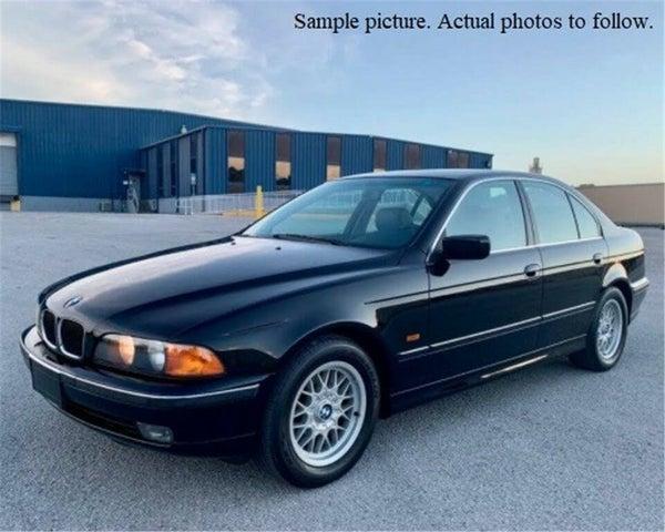 1999 BMW 5 Series 528i Sedan RWD