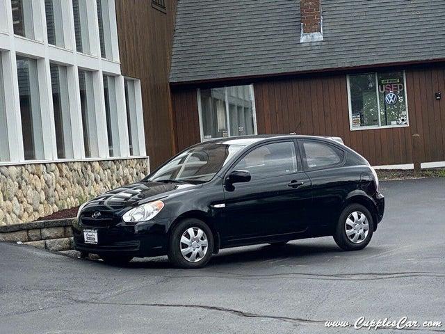 2011 Hyundai Accent GS 2-Door Hatchback FWD