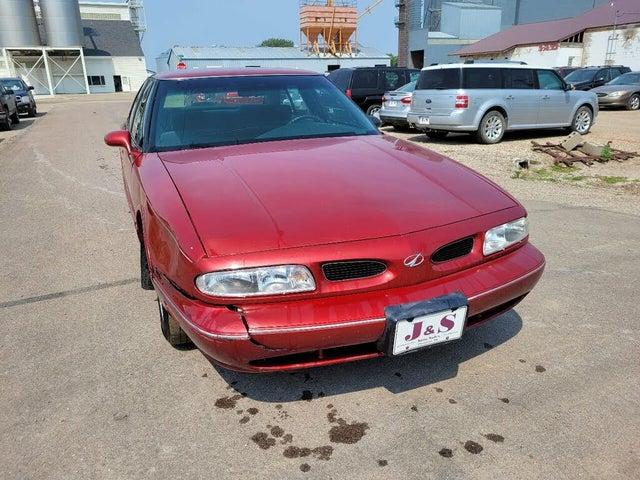 1997 Oldsmobile Eighty-Eight 4 Dr LS Sedan