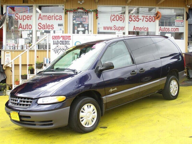 1997 Plymouth Grand Voyager SE FWD