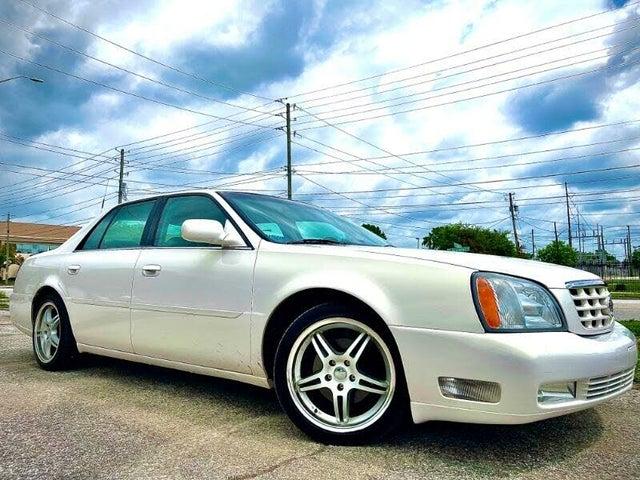 2004 Cadillac DeVille DTS Sedan FWD