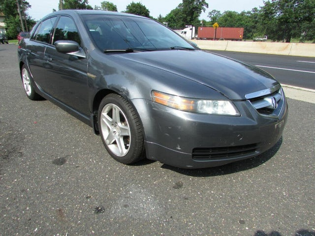 2005 Acura TL FWD with Performance Tires and Navigation