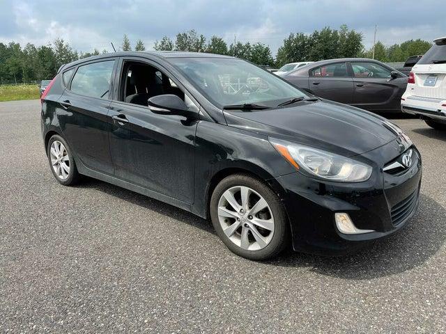 2012 Hyundai Accent GLS 4-Door Hatchback FWD