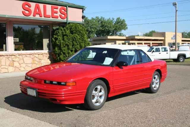1992 Oldsmobile Cutlass Supreme 2 Dr STD Convertible
