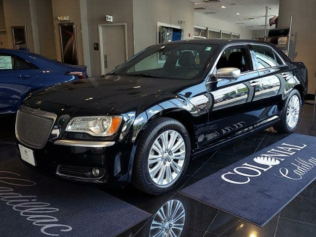2014 Chrysler 300 C John Varvatos Luxury Edition AWD