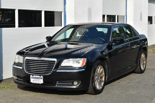 2013 Chrysler 300 RWD