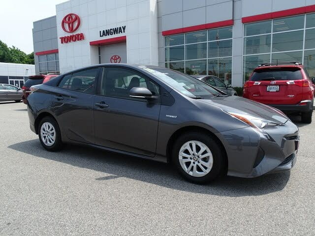 2016 Toyota Prius Two FWD