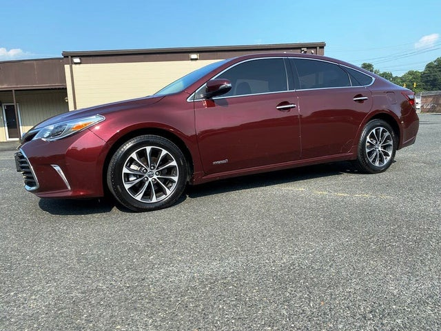 2016 Toyota Avalon Hybrid XLE Premium FWD