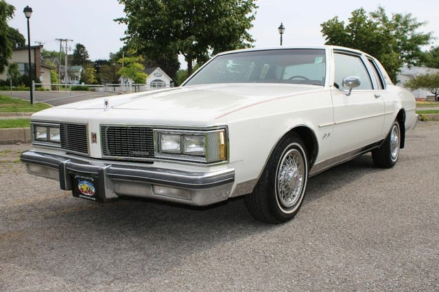 1984 Oldsmobile Delta 88 Royale Coupe RWD