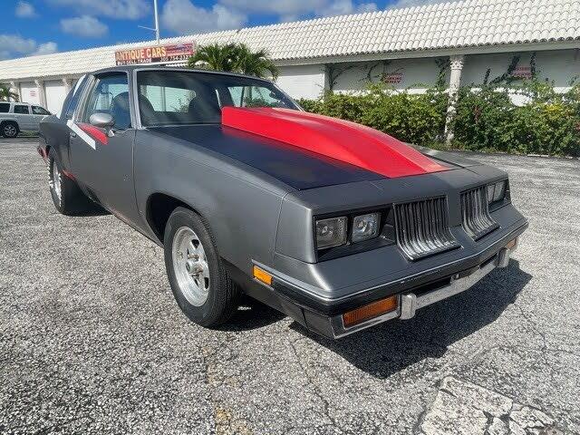 1982 Oldsmobile Cutlass Supreme Coupe RWD