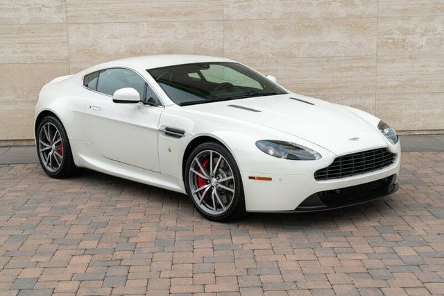 2016 Aston Martin V8 Vantage Coupe RWD