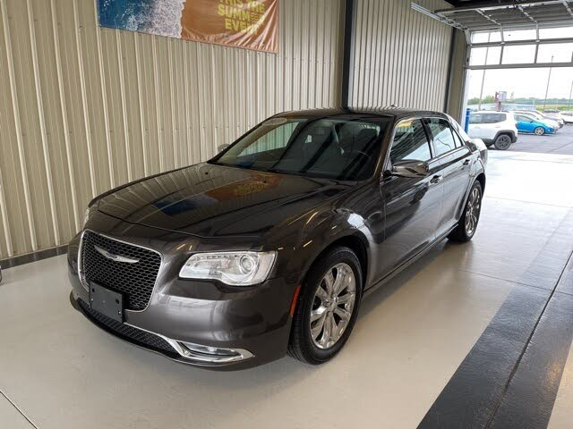 2017 Chrysler 300 C AWD