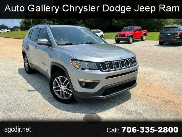 2020 Jeep Compass Latitude with Sun and Safety Package FWD