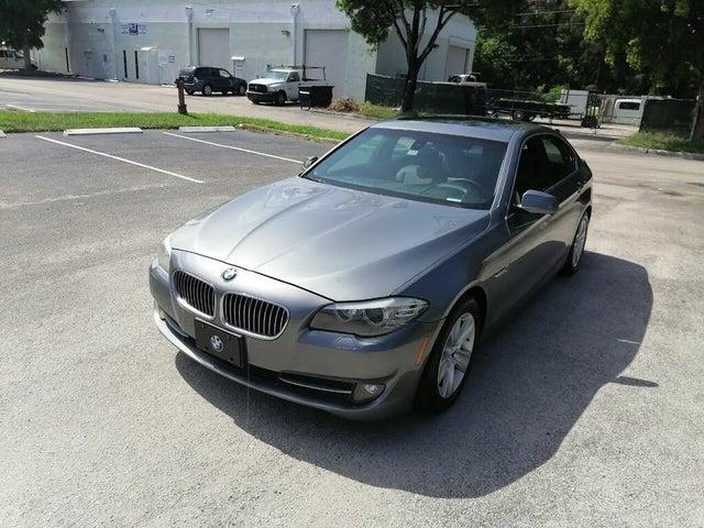 2011 BMW 5 Series 528i Sedan RWD