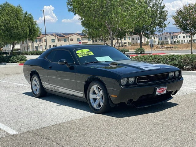 2012 Dodge Challenger SXT Plus RWD