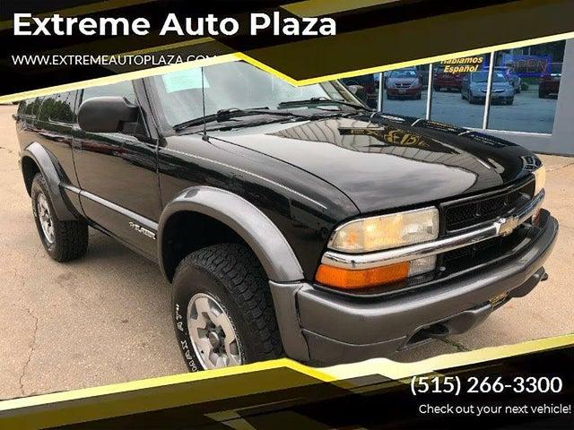 2004 Chevrolet Blazer LS 2-Door 4WD