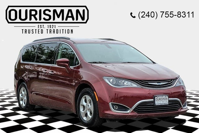 2017 Chrysler Pacifica Hybrid Premium FWD