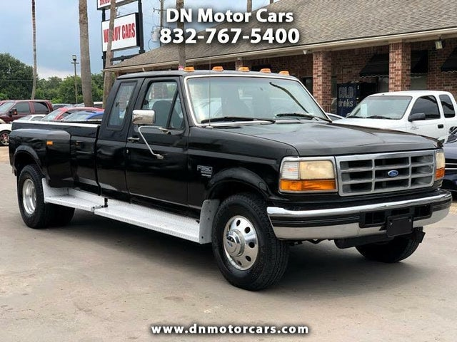 1997 Ford F-350 2 Dr XLT Extended Cab LB