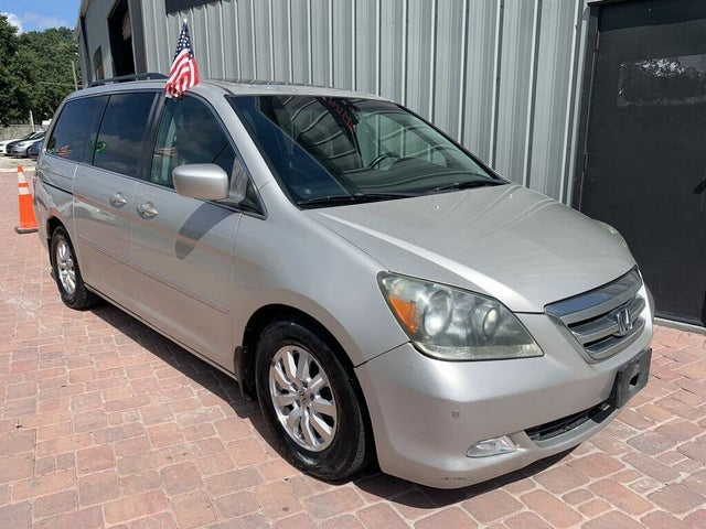 2006 Honda Odyssey Touring FWD with DVD and Navigation