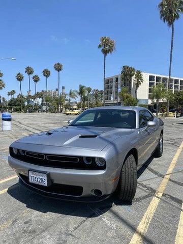 2016 Dodge Challenger SXT RWD