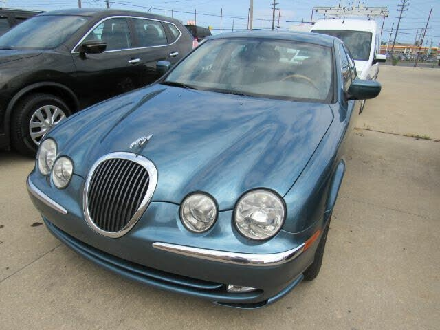 2001 Jaguar S-TYPE 4.0L V8 RWD
