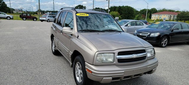 2003 Chevrolet Tracker LT 4-Door RWD