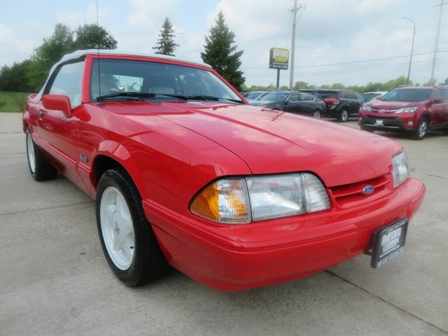 1992 Ford Mustang LX 5.0 Convertible RWD