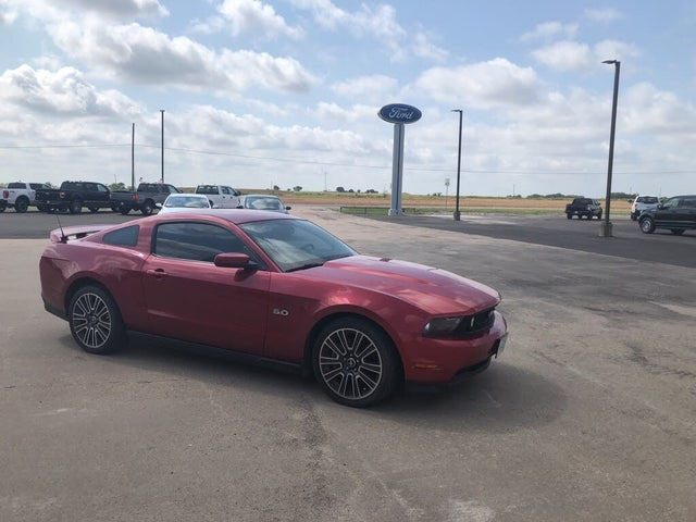 2012 Ford Mustang GT Premium Coupe RWD
